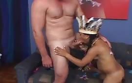 बर्थडे गर्ल सेक्स विथ फ्रेंड