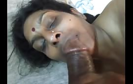 हॉट इंडियन चाची