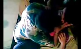 कॉलेज में पढ़ने वाली लड़की को अपने घर पर ले जाकर कसकर  सेक्स किया